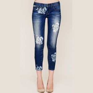 Free People Magnolia Floral Cropped Skinny Jeans